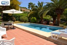 Villa with 3 rooms at 5 km from the beach