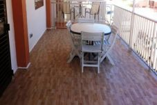 Aparthotel with 3 rooms in Oliva