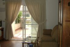 Apartment with 1 room at 100 m from the beach