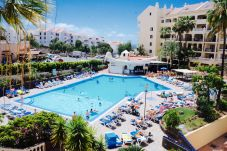 Aparthotel in Los Cristianos for 4 people with 1 bedroom