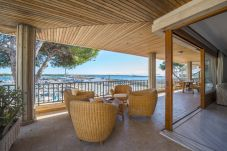 Apartment with 4 bedrooms at 150 m from the beach