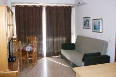 Apartment for 4 people in Grao de Gandia