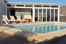 Villa with swimming pool in Playa Blanca